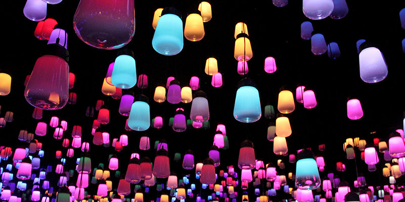 Teamlab created a forest of resonating lamps at maison et objet maison et objet Teamlab created a forest of resonating lamps at maison et objet Featured