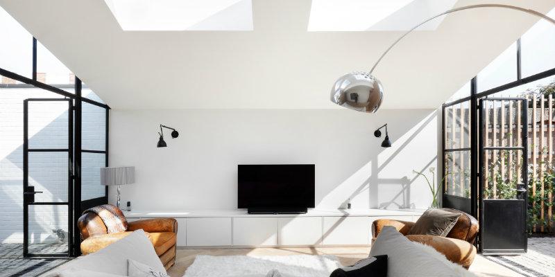 modern floor lamps Modern Floor Lamps Bring Light into West London House Modern Floor Lamps Bring Light into West London House FEAT