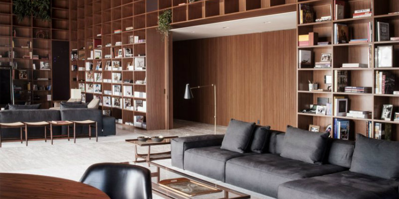 São Paulo Penthouse with Modern Floor Lamps and Mid-Century Furniture FEAT modern floor lamps São Paulo Penthouse with Modern Floor Lamps and Mid-Century Furniture S  o Paulo Penthouse with Modern Floor Lamps and Mid Century Furniture FEAT