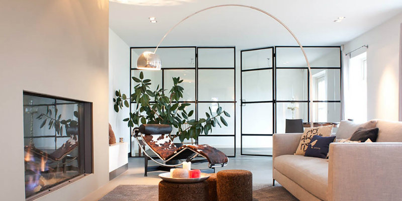 Discover Why You Should Be Using Arc Floor Lamps in Your Living Room FEAT arc floor lamps Discover Why You Should Be Using Arc Floor Lamps in Your Living Room Discover Why You Should Be Using Arc Floor Lamps in Your Living Room FEAT