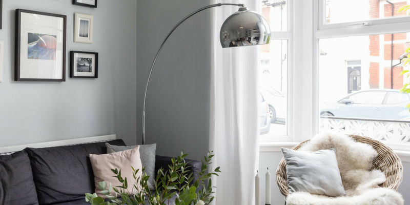 Get The Monochrome Trend With A Silver Floor Lamp! silver floor lamp Get The Monochrome Trend With A Silver Floor Lamp! Get The Monochrome Trend With A Silver Floor Lamp