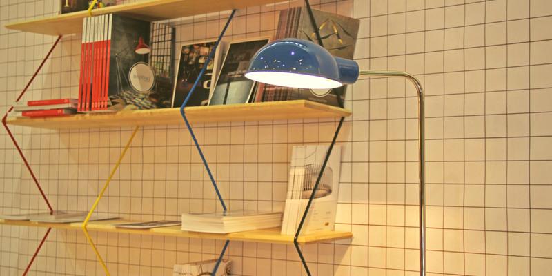modern floor lamps 5 Modern Floor Lamps To Embrace Now! Happy Modern Floor Lamps To Embrace 0 800x400