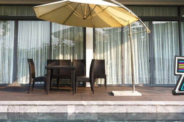 Get To Know The Best Outdoor Floor Lamps For Summer 2020! outdoor floor lamps Get To Know The Best Outdoor Floor Lamps For Summer 2020! Get To Know The Best Outdoor Floor Lamps For Summer 2020 cover 600x400