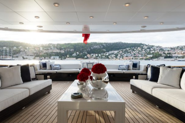 blainey north Subverting Traditional Yacht Design, A Blainey North Project foto capa mfl 1 600x400
