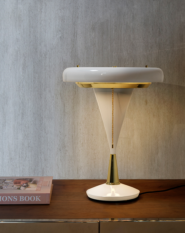 Discover The Table Lamps That Will Do A Boost In Your Home Office  table lamps Discover The Table Lamps That Will Do A Boost In Your Home Office 1 1
