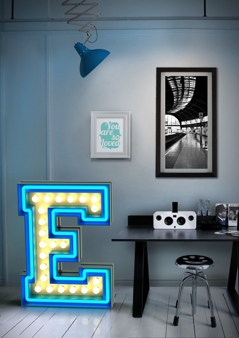 Discover The Table Lamps That Will Do A Boost In Your Home Office  table lamps Discover The Table Lamps That Will Do A Boost In Your Home Office 17